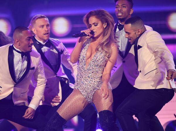 Występ Jennifer Lopez podczas 61. ceremonii wręczenia nagród Grammy - Sputnik Polska