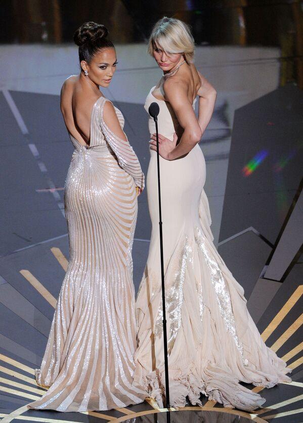 Jennifer Lopez i Cameron Diaz podczas uroczystości wręczania Nagród Akademii Filmowej w 2012 roku  - Sputnik Polska