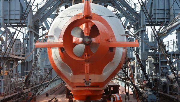 """Urządzenie ratownicze dalekomorskie """"AS-28"""" na pokładzie statków ratowniczych okrętów podwodnych Floty Czarnomorskiej Federacji Rosyjskiej - Sputnik Polska"""