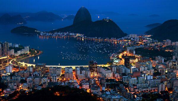 Nocny widok na Rio de Janeiro - Sputnik Polska