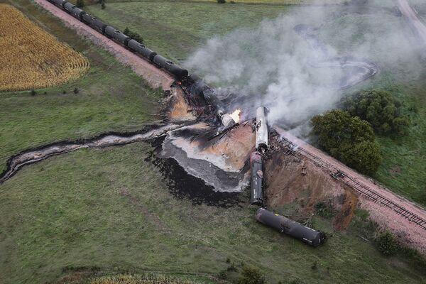 Pociąg z etanolem wykoleił się w Szkocji - Sputnik Polska