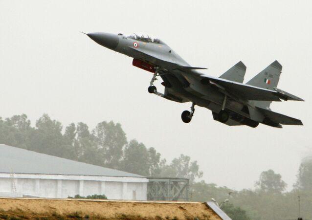 Myśliwiec Su30MKI Indyjskich Sił Powietrznych