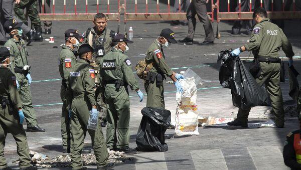 Tajska policja na miejscu wybuchu - Sputnik Polska