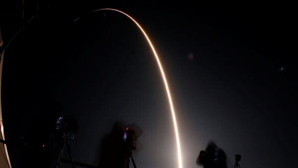 Falcon 9 - Sputnik Polska