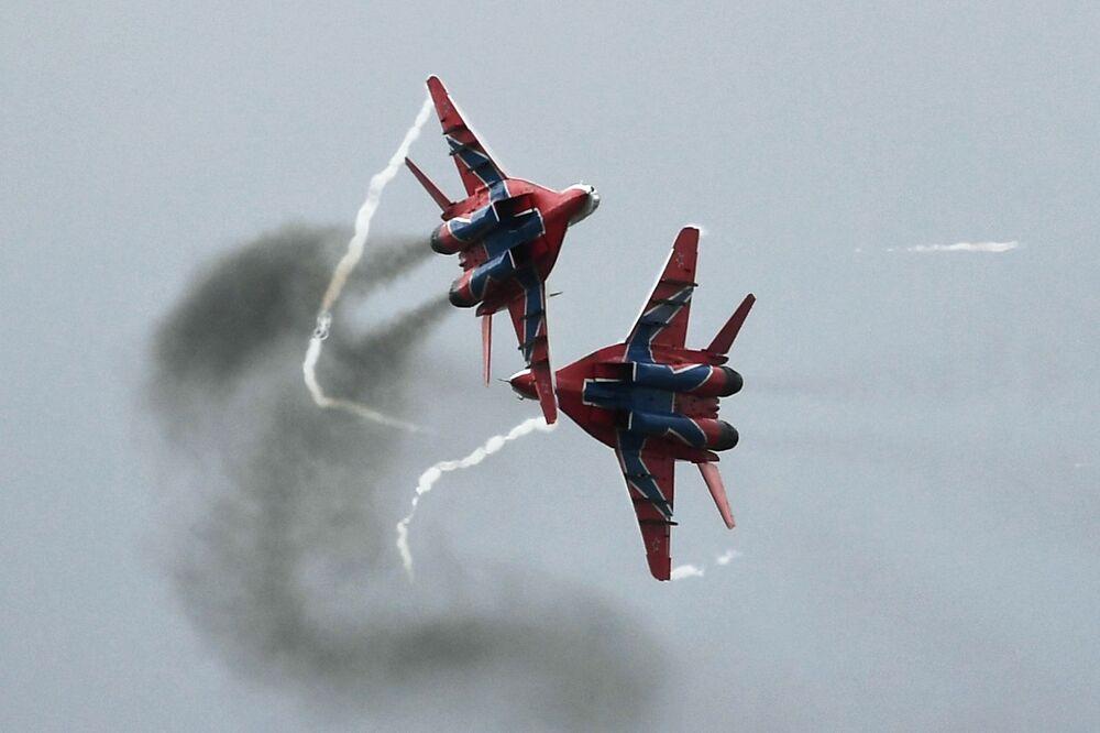 """Samoloty MiG-29 na ogólnorosyjskim etapie zawodów """"Aviadarts 2019"""" na poligonie lotniczym pod Riazaniem"""