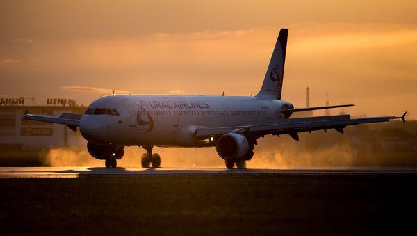 "Samolot A321 ""Uralskich Linii Lotniczych"" - Sputnik Polska"