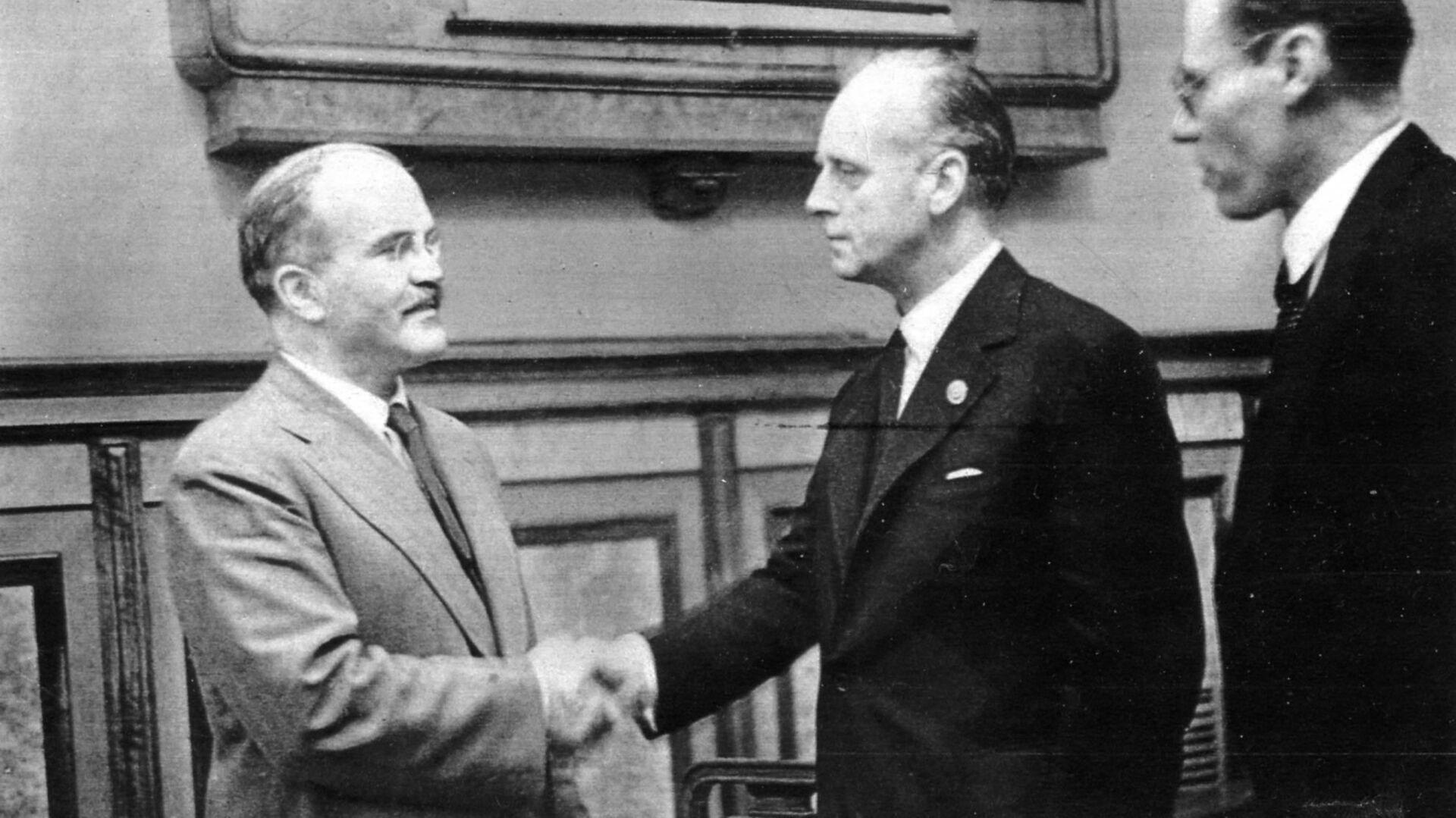 Podpisanie paktu Ribbentrop-Mołotow - Sputnik Polska, 1920, 16.02.2021