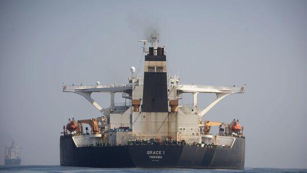 Tankowiec Grace 1 na wodach Gibraltaru - Sputnik Polska
