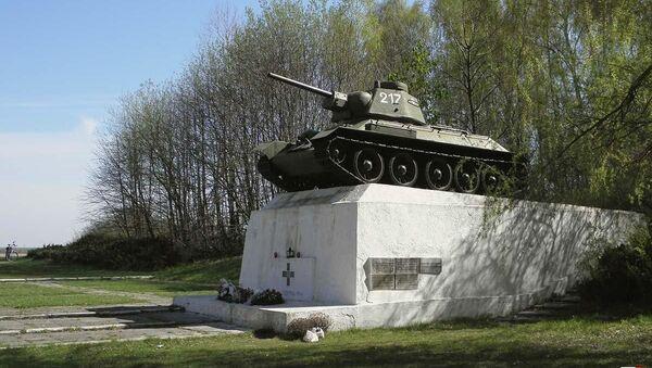 Pomnik T-34 w Studziankach - Sputnik Polska