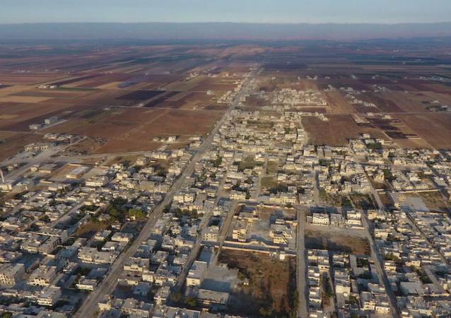 Syryjska armia otacza miasto Chan Szajchun