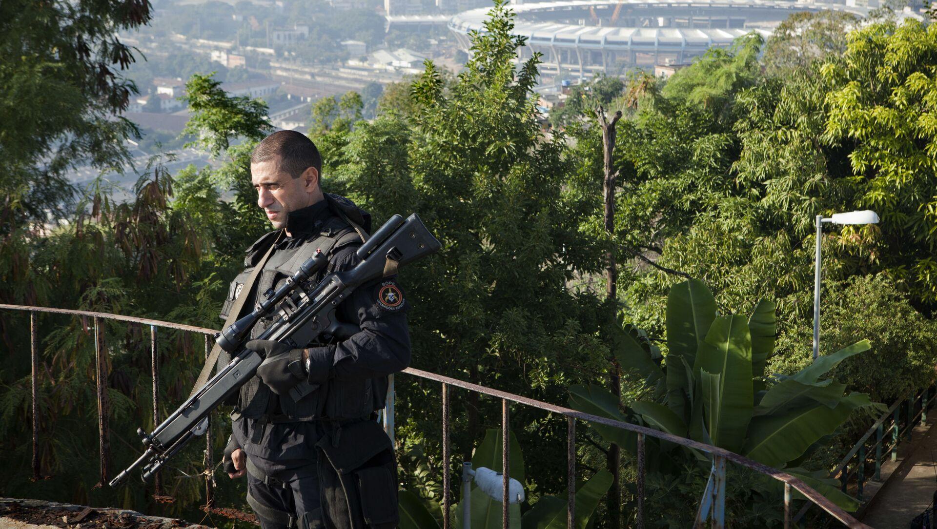 Policja w Rio de Janeiro - Sputnik Polska, 1920, 06.05.2021