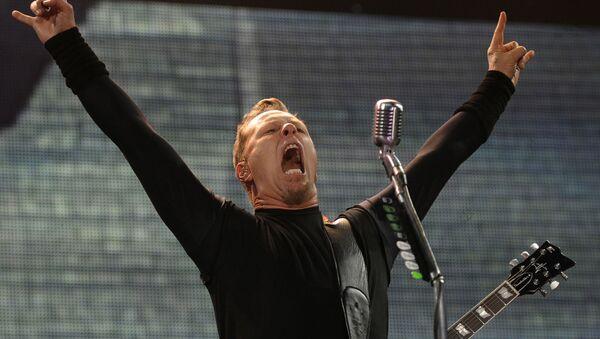 Lider amerykańskiego zespołu metalowego Metallica na koncercie w Polsce - Sputnik Polska
