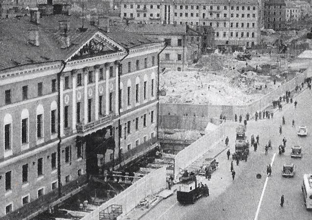 Przesunięcie budynków w Moskwie