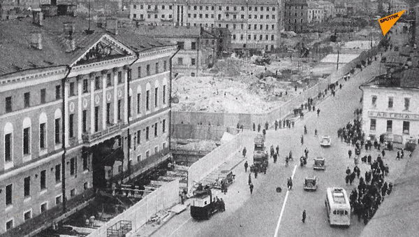 Przesunięcie budynków w Moskwie - Sputnik Polska