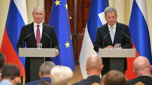 Władimir Putin z fińskim prezydentem Sauli Niinistö  - Sputnik Polska