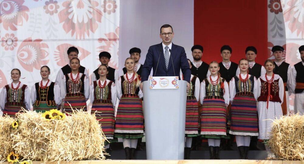 """Mateusz Morawiecki na uroczystościach """"Wdzięczni Polskiej Wsi"""" w Kolnie"""