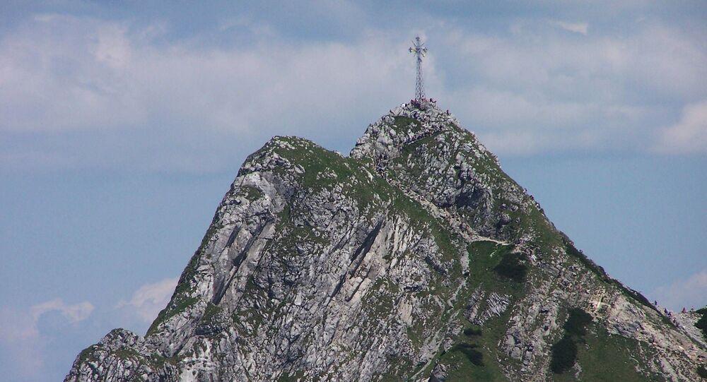 Krzyż na szczycie Giewont