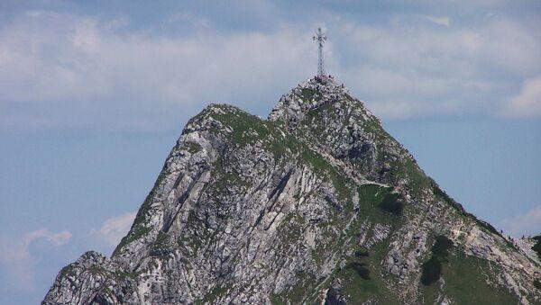 Krzyż na szczycie Giewont - Sputnik Polska