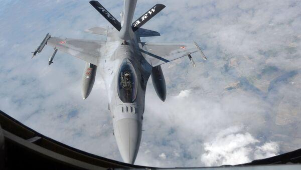 Polski F-16 - Sputnik Polska