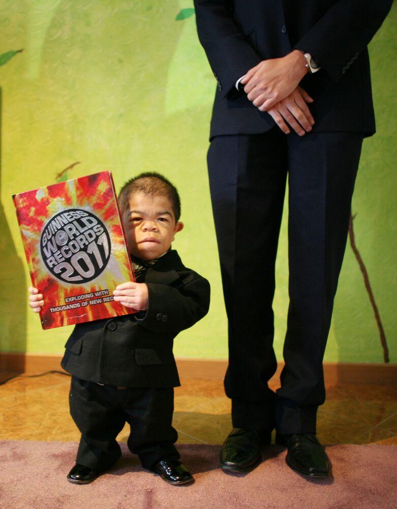 Najmniejszy człowiek świata Edward Nino Hernandez