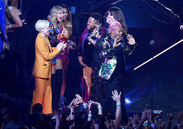 Piosenkarka Taylor Swift na ceremonii wręczenia nagród MTV Video Music Awards