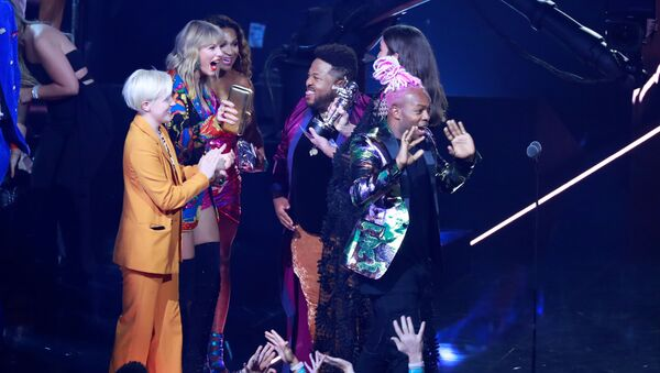 Piosenkarka Taylor Swift na ceremonii wręczenia nagród MTV Video Music Awards - Sputnik Polska