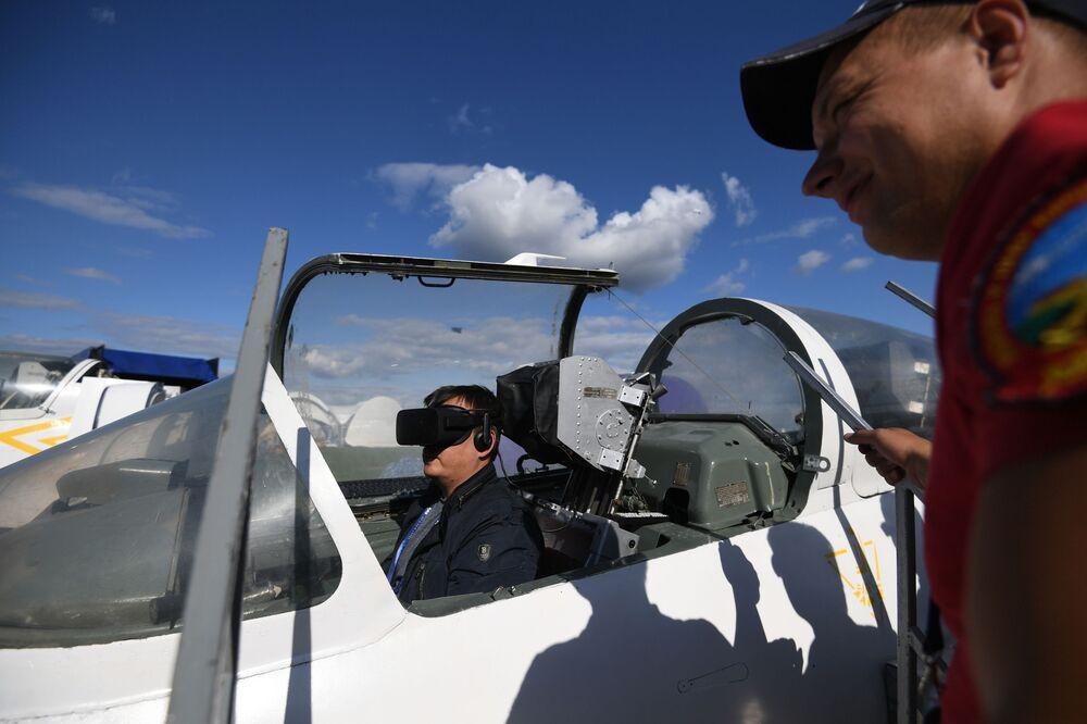 Odrzutowy samolot szkoleniowy L-39 Albatros na Międzynarodowym Salonie Lotniczym i Kosmicznym MAKS 2019
