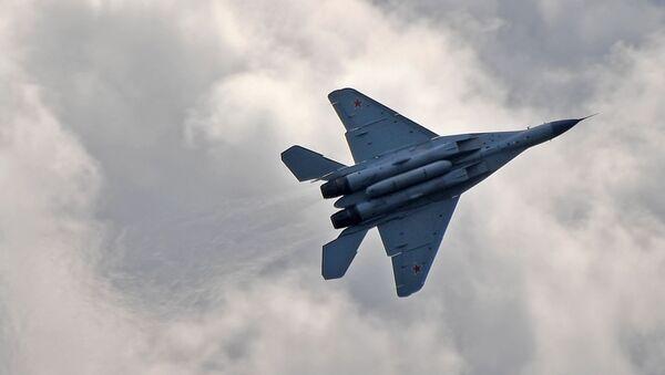 Rosyjski myśliwiec MiG-35 na Międzynarodowym Salonie Lotniczym i Kosmicznym MAKS 2019  - Sputnik Polska