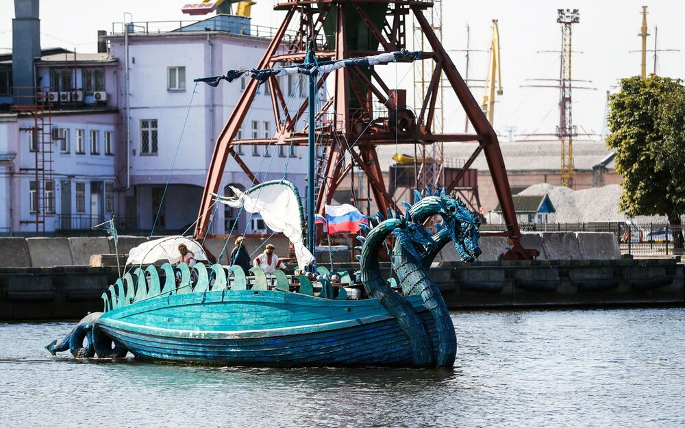 """Statek """"Żmij Gorynycz"""", zbudowany na podstawie staroruskich szkiców"""