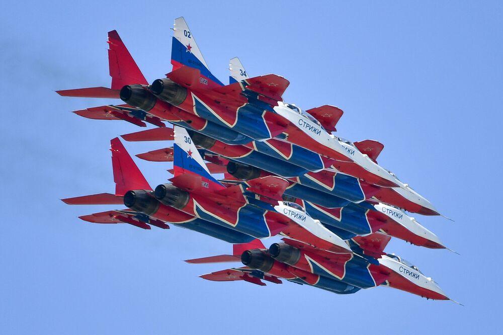 Samolot MiG-29 na Salonie Lotniczym i Kosmicznym MAKS 2019