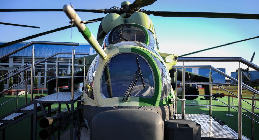 Zmodernizowany śmigłowiec bojowo-transportowy Mi-24P-1M na targach przemysłu lotniczego MAKS-2019