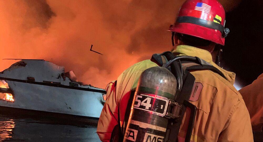 Pożar na statku w Kalifornii