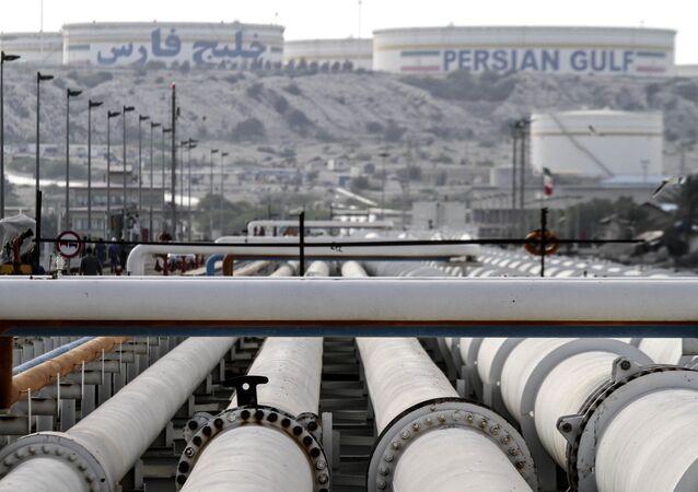 Rurociąg naftowy w Iranie