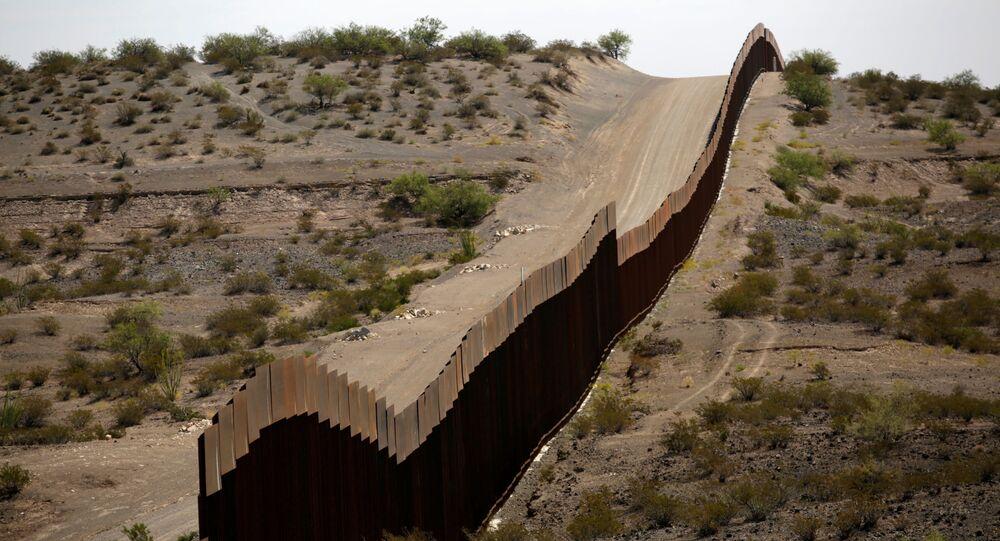 Mur graniczny między USA a Meksykiem