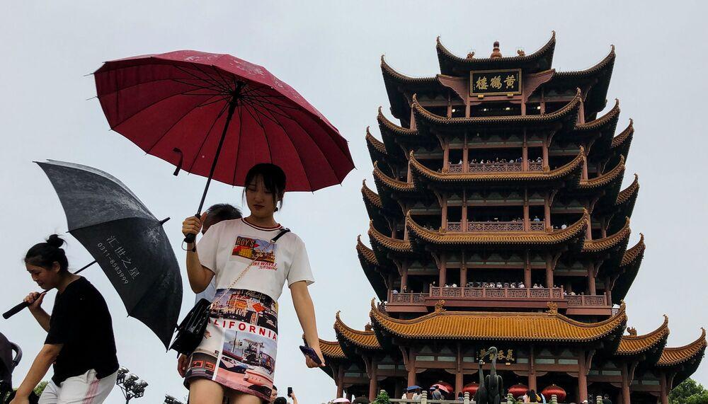 Wieża Żółtego Żurawia w Chinach