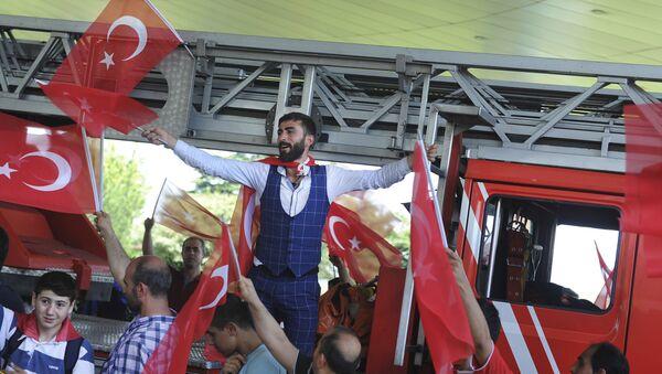 Turcy w Stambule - Sputnik Polska