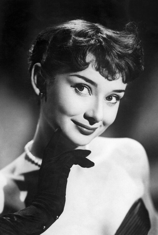 Portret Audrey Hepburn.