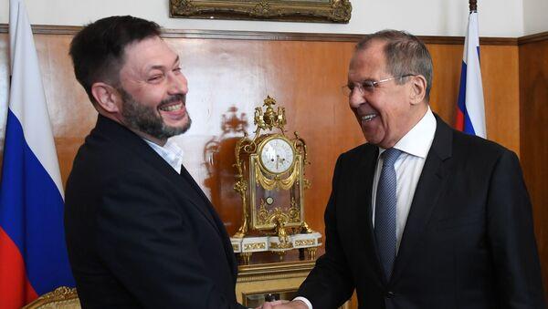 Ławrow i Wyszynski na spotkaniu - Sputnik Polska