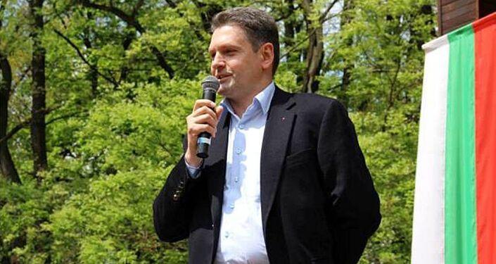 """Przewodniczący partii """"Odrodzenie Ojczyzny"""" Nikołaj Malinow"""