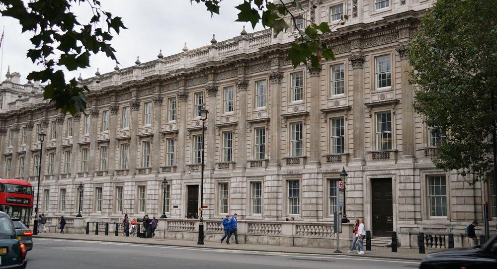 Budynek nadzwyczajnego gabinetu przy brytyjskim rządzie w Londynie