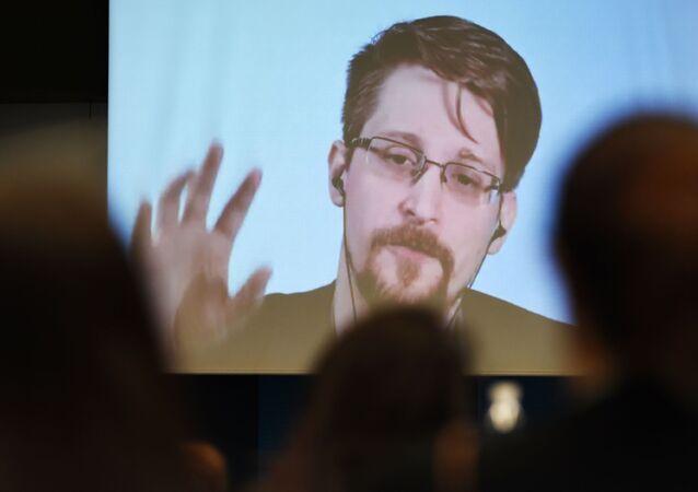 Były pracownik Agencji Bezpieczeństwa Narodowego USA (NSA), informator Eduard Snowden