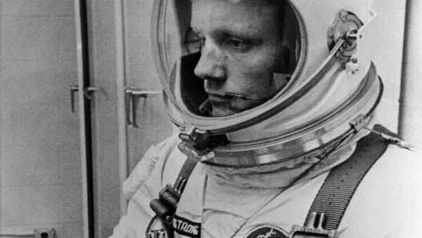 Amerykański astronauta Neil Armstrong - Sputnik Polska