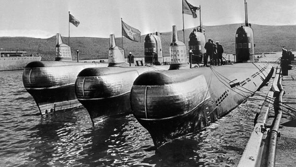 Spalinowe okręty podwodne zacumowane na przystani, 1968 rok - Sputnik Polska