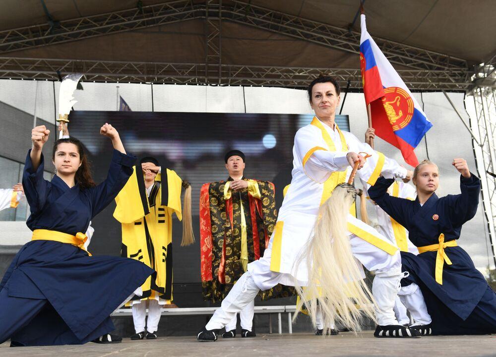 Festiwal chińskiej kultury w moskiewskim kompleksie wystawowym WDNCh