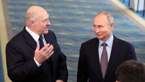 Prezydenci Białorusi i Rosji Alaksandr Łukaszenka i Władimir Putin - Sputnik Polska