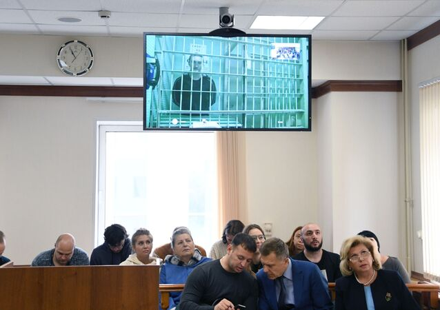 Sprawa w sądzie Pawła Ustinowa