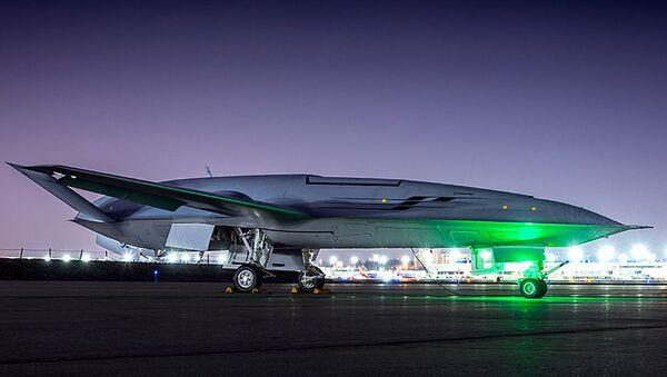 Samolot Boeing MQ-25 na pasie startowym - Sputnik Polska