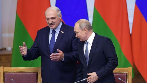 Putin i Łukaszenka na spotkaniu - Sputnik Polska