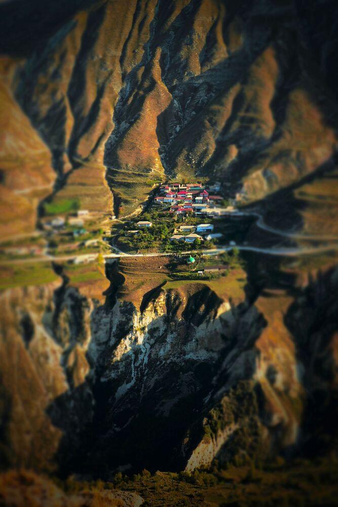 Wieś wysoko w górach w Dagestanie