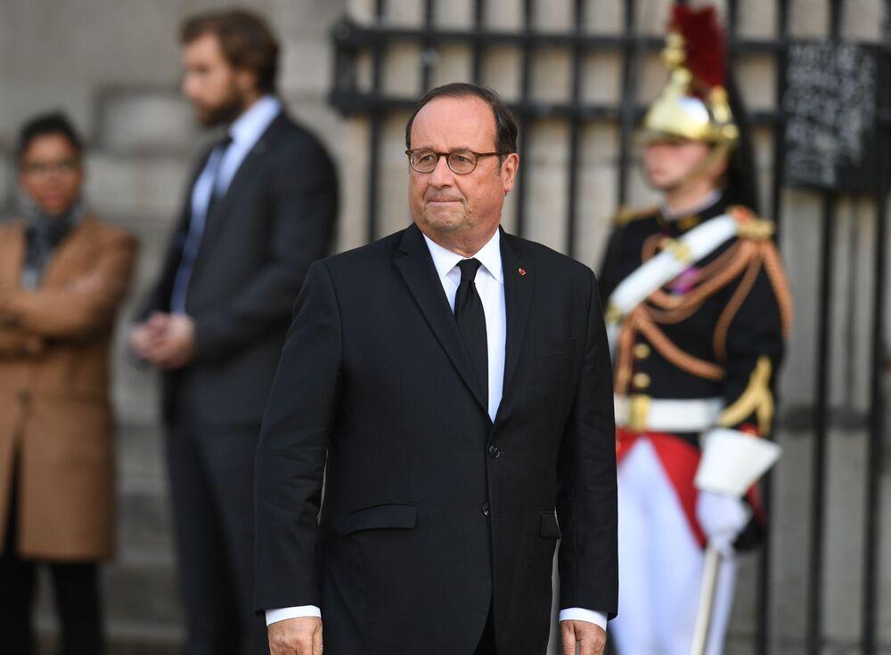 Były prezydent Francji Francois Hollande przed ceremonią pogrzebową Jacquesa Chiraca